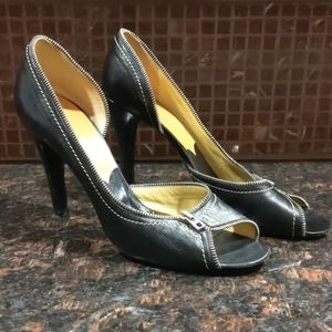 Marc Jacobs hills shoes. Size 9